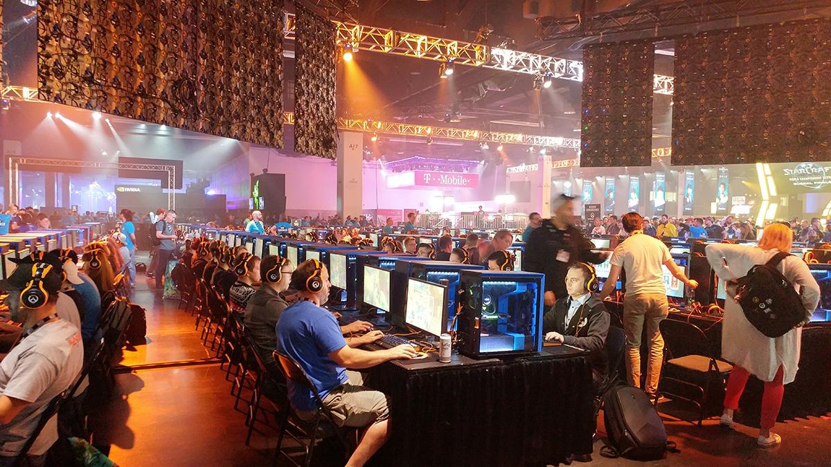 e-sports gameplay